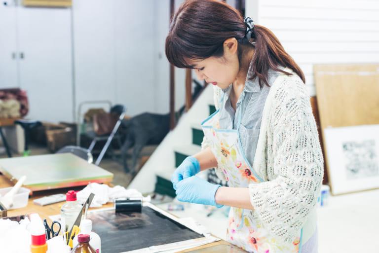 画家・秋山 佳奈子「アートで街を元気に、私にも何か出来ることがある」 -ARTFULLインタビュー-